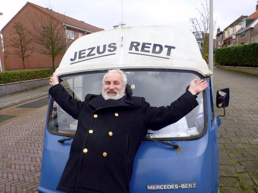 Bert Vlasman, voorzitter van de partij Jezus Leeft! in Katwijk.